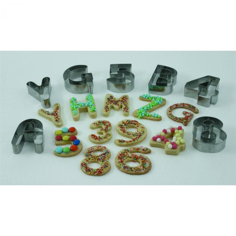 Set Ausstechformen in PVC Box, 7,5 cm - Buchstaben A-Z, 18/0